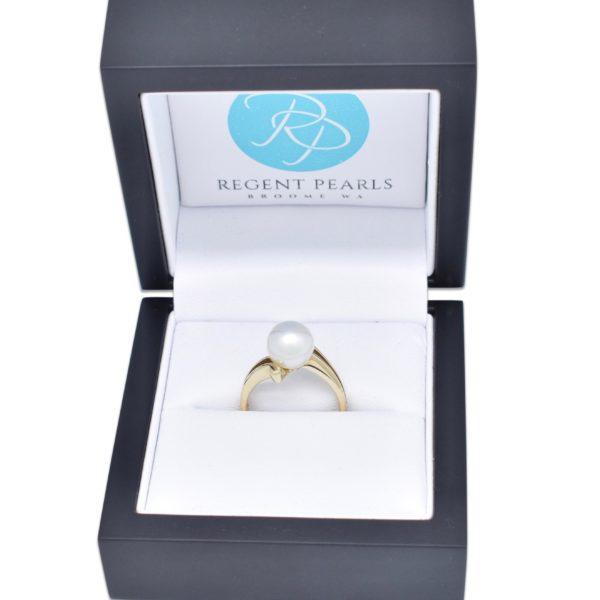 Australian Pearl Ring in display box