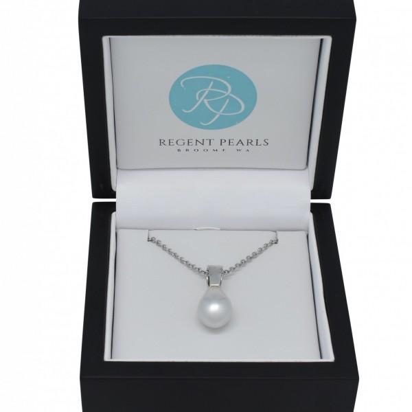 Australian Pearl Pendant in Display Box