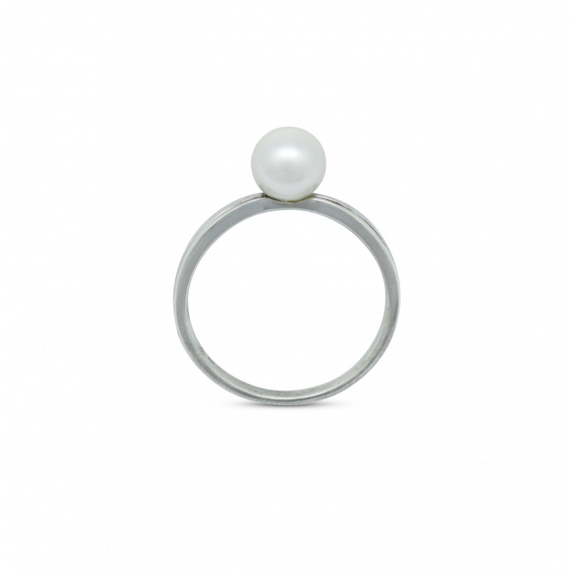 Silver 7mm Pearl Ring